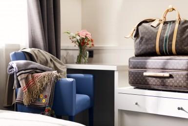 hotel 4 stelle in vendita a Como